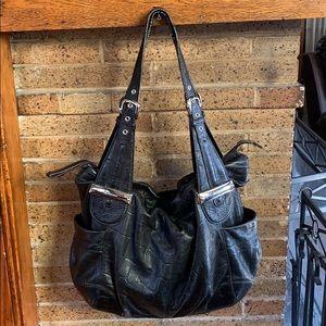 B. Makowsky shoulder bag.